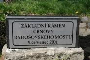 zakladni-kamen-obnovy-radosovskeho-mostu